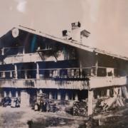 Historische Aufnahme des Blaahauses am originalen Standort