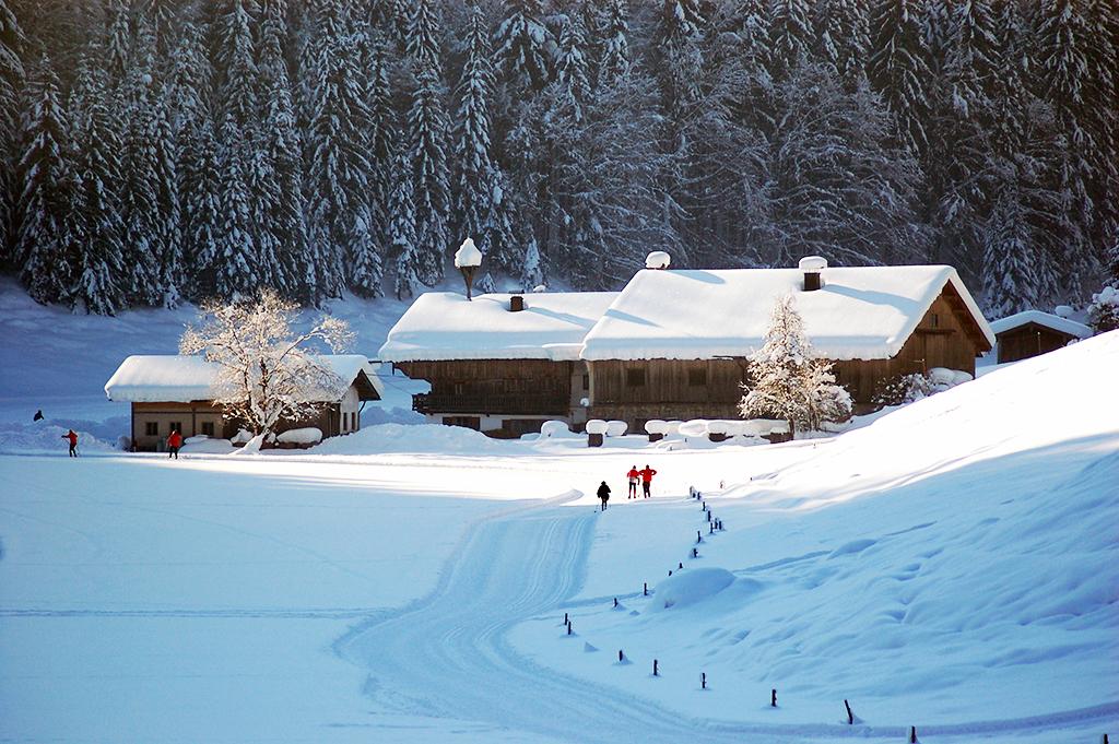 gespurte Langlaufloipe in Kiefersfelden, Oberbayern