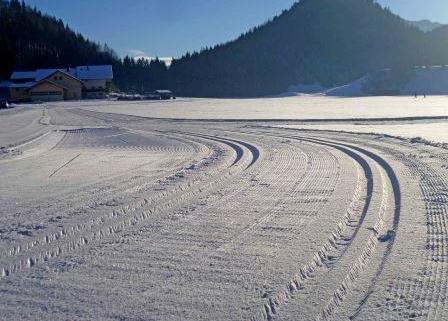 gespurte Langlaufloipe im Wintersportzentrum Mühlau in Kiefersfelden