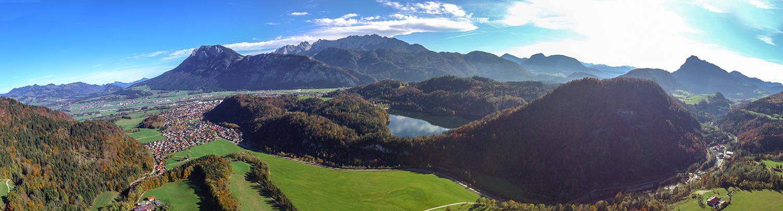 Panorama über Kiefersfelden im oberbayerischen Alpenland